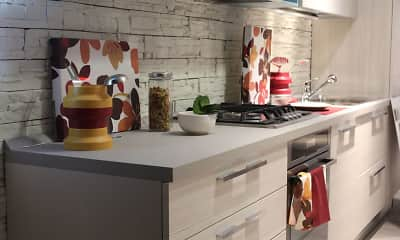 Kitchen, Emli at Liberty Crossing Apartments, 1