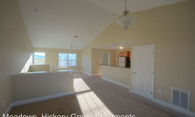 Living Room, Hickory Grove Apartments, 1