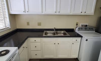 Kitchen, Villas Of Kettering, 2
