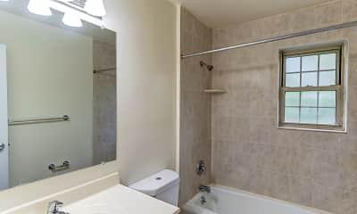 Bathroom, Steuben Arms, 2