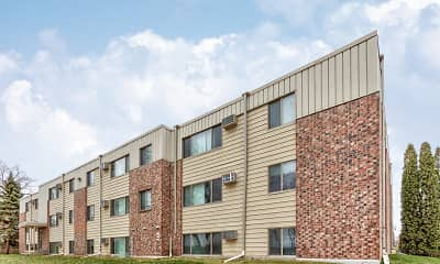 Building, Foot Lake Apartments, 0