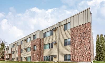Building, Foot Lake Apartments, 0