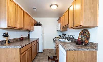 Kitchen, Newport Landing Apartments, 1