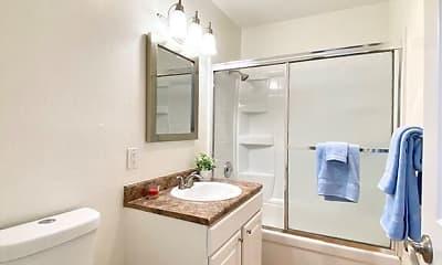Bathroom, The Glens Apartments, 2