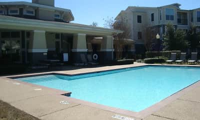 Pool, Heritage Pointe, 1
