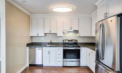 Kitchen, Cypress Pointe, 2