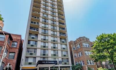 Building, 441 W. Oakdale, 2
