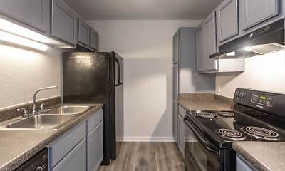 Kitchen, High Pointe Apartments, 0