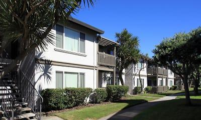 Seacliff Apartments, 2