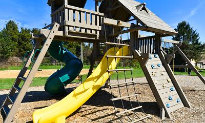 Playground, District at Hurstbourne, 2