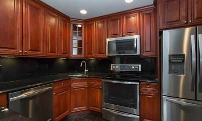 Kitchen, Fairfield Knolls At Sayville, 0