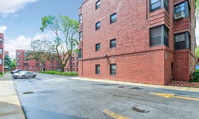 Building, 6200 Hoyne, 1