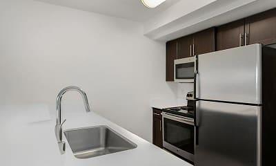 Kitchen, 999 Hiawatha, 1