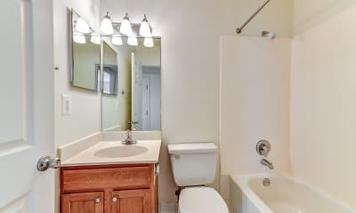 Bathroom, Oakview Estates, 2