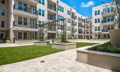 Latitude Apartment Homes, 0