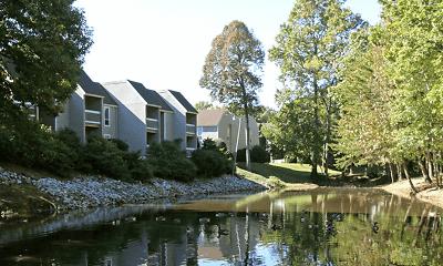 Lakes Edge Apartments, 1