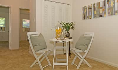 Dining Room, Marlow Heights Apartments, 1