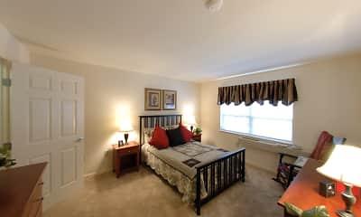 Bedroom, Heritage Village At Lambertville, 2
