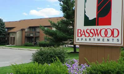 Building, Basswood Apartments, 0