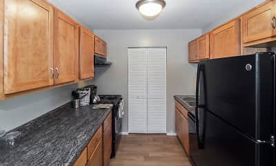 Kitchen, The Summit at Ridgewood, 1