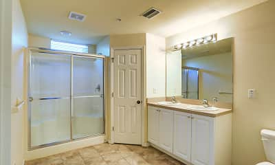 Bathroom, Residences Page Park, 2