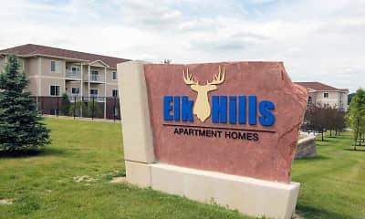 Community Signage, Elk Hills Apartments, 2