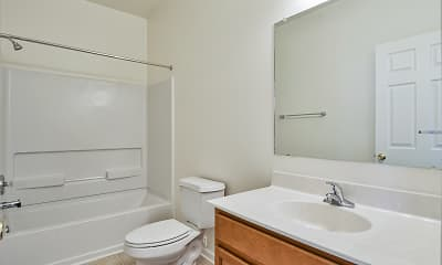 Bathroom, Middletown Apartments, 2
