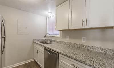 Kitchen, Pinewood Townhomes, 1