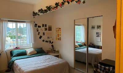 Bedroom, New England Apartments, 2