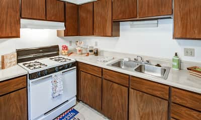 Kitchen, Carriage House East Apartments of Indianapolis, 1