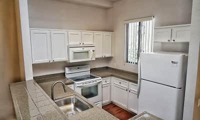 Kitchen, 600 Front Apartments, 2