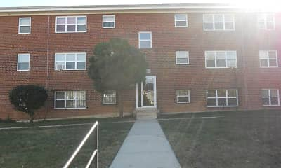 Courtyard, Roland Park Apartments, 0