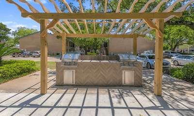 Patio / Deck, Bayou Oaks Apartment Homes, 1