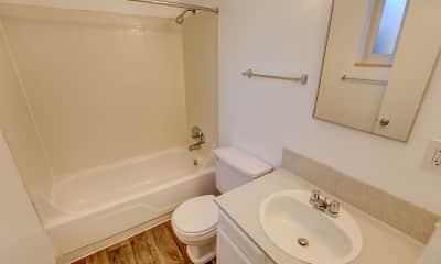 Bathroom, Creekside at Amherst, 2