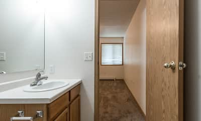 Bathroom, Wheatland Place Apartments & Townhomes, 2