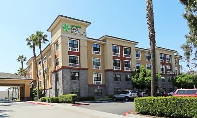Building, Furnished Studio - Orange County - Anaheim Convention Center, 1