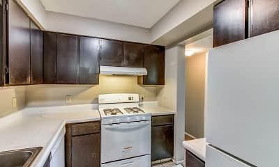 Kitchen, New Towne West, 1