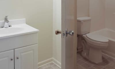 Bathroom, Arbors - Blacksburg, 2