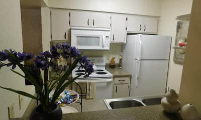 Sun River Apartment Homes, 2