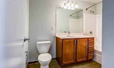 Bathroom, Farcroft Park, 2