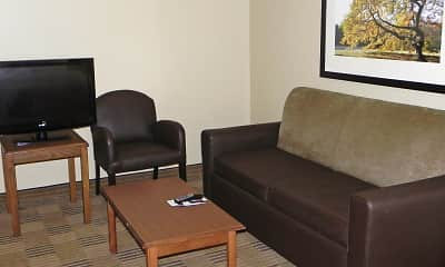 Living Room, Furnished Studio - Findlay - Tiffin Avenue, 1