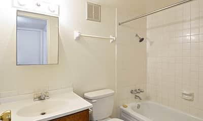 Bathroom, Silver Creek Apartments, 2