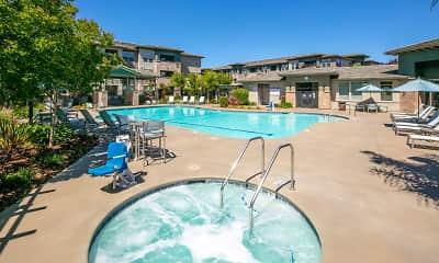 Pool, Fiori Estates, 1