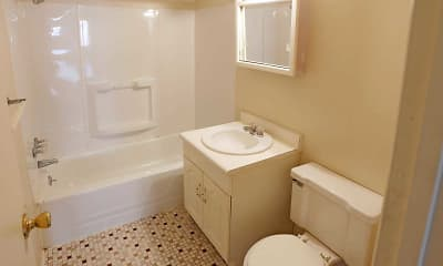Bathroom, Royal Park Apartments And Heritage Commons, 2
