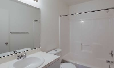 Bathroom, Crosscreeks Apartments and Townhomes, 2