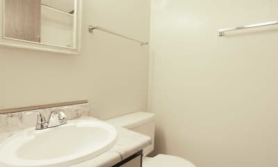 Bathroom, Valleyfield Apartments, 2