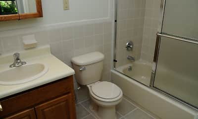 Bathroom, Florida Grove Manor and Arms, 2