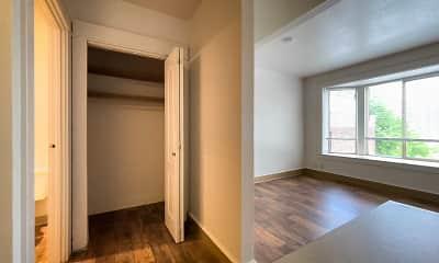Bedroom, Zindorf, 2