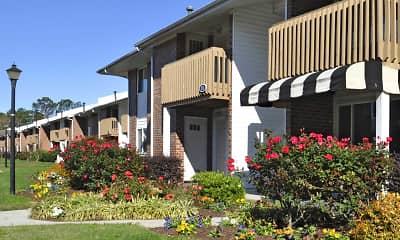 Patriot Pointe Apartments, 1