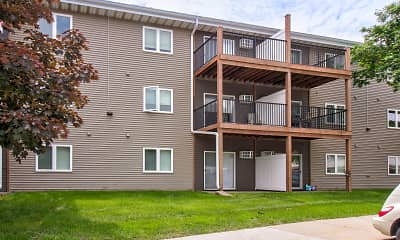 Building, Spruce Pointe Apartments, 1